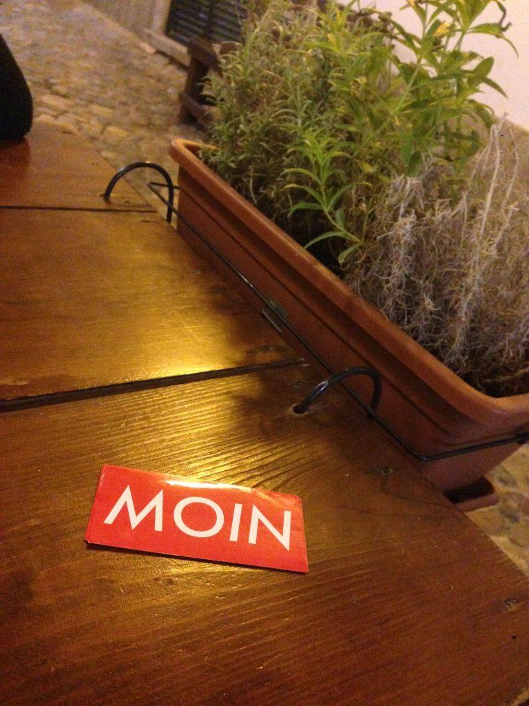 MOIN im Restaurant in Spanien