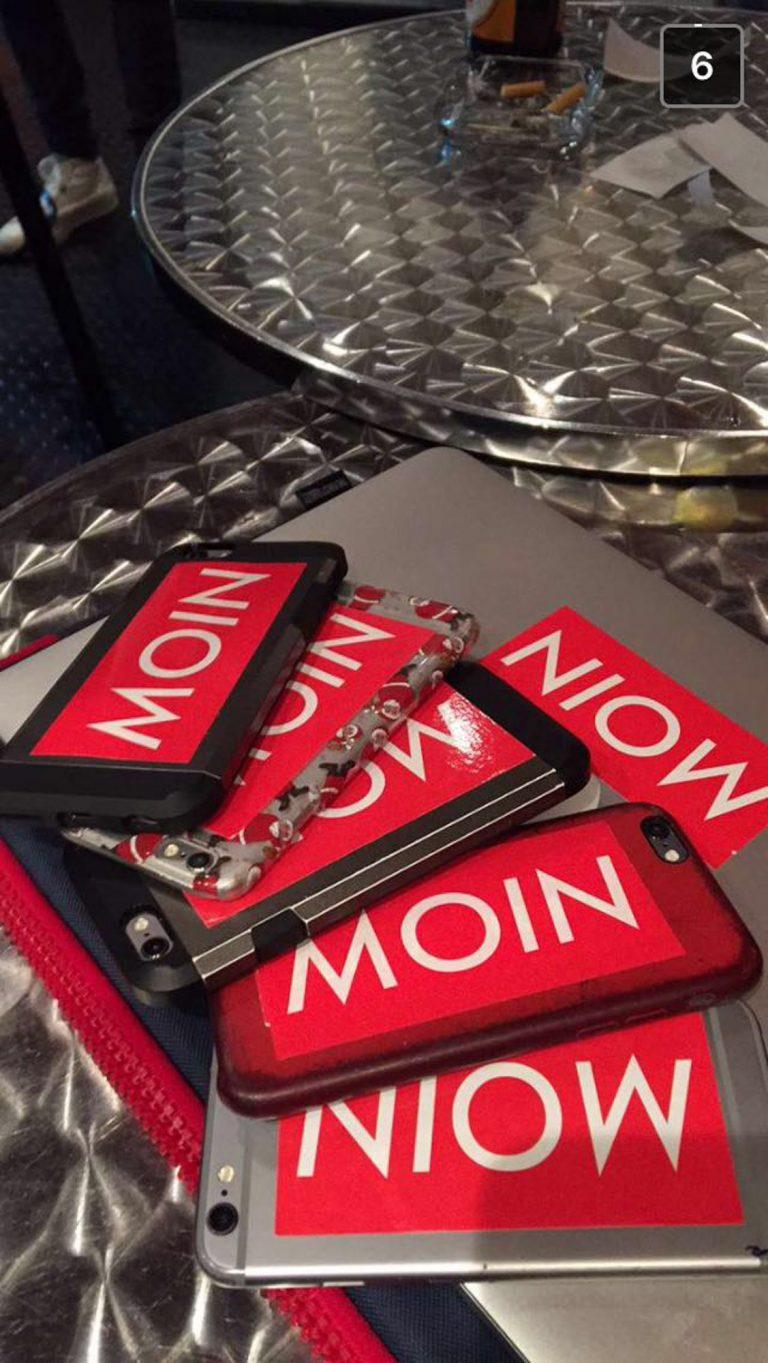 MOIN Sticker auf iPhone