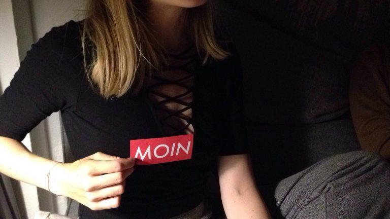 MOIN Sticker auf Party