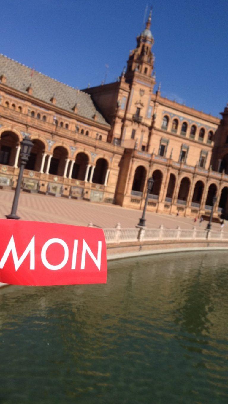 MOIN Sticker in Spanien